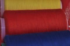 Катышкы потока для шить, селективный фокус Стоковое Изображение RF