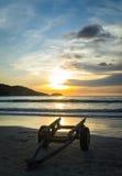 2-катят тележка на пляже Стоковая Фотография