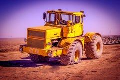 катят трактор, котор Стоковые Фото