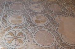 Кафельный пол найденный на Masada Израиле стоковые фото