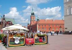 Кафе лета на квадрате замка в Варшаве Стоковые Изображения