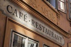 Кафе и надпись ресторана в Праге Стоковые Фото