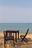 Кафе на песчаном пляже стоковое изображение rf