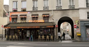 Кафе Парижа в утре видеоматериал