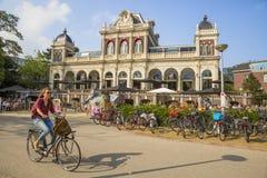Кафе парка в VondelPark в Амстердаме Стоковое Изображение RF
