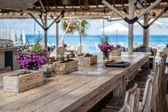 Кафе пляжа, Nusa Lembongan, Индонезия Стоковые Изображения