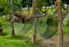 Качание гамака сделанное от ткани стоковые изображения rf