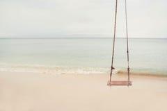 Качание пляжа стоковое фото