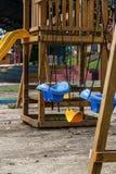 Качания в парке детей Стоковые Фотографии RF