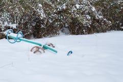 Качания в снеге стоковые изображения