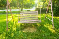 Качания в спортивной площадке Стоковые Фото