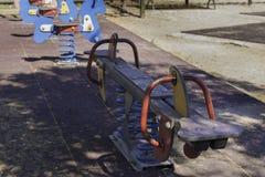 Качания в спортивной площадке Стоковое фото RF