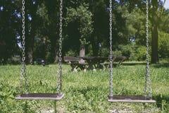 2 качания на парке весной Стоковые Изображения RF