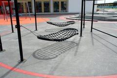 качания спортивной площадки творческой конструкции самомоднейшие Стоковое Изображение RF