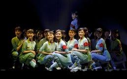 качанные китайцы танцуют самомоднейший год стоковая фотография rf