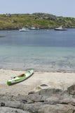 Каяк на береге в острове Monhegan Стоковые Изображения RF