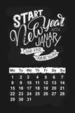 Календарь вектора на январь 2018 Нарисованная рука помечающ буквами цитаты для дизайна календаря Стоковое Изображение