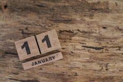 Календарь куба на январь на деревянной предпосылке Стоковые Фото