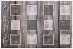 Календарь на 2016 на деревянной предпосылке Стоковое Изображение