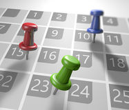 Календарь с канцелярскими кнопками Стоковые Изображения RF