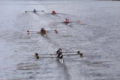 Калифорния, Гарвард, Princton, Корнелл, северовосточные гонки в голове чемпионата Fours людей регаты Чарльза Стоковая Фотография RF