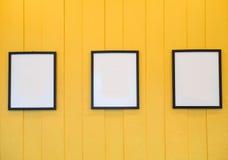 3 кадра на желтой предпосылке Стоковое Изображение