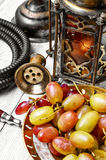 Кальян и большая виноградина Стоковое Изображение