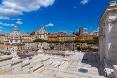Квадратная аркада Venezia в Риме Италии стоковое изображение rf