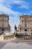 Квадрат города с фонтаном в Рим Стоковые Изображения