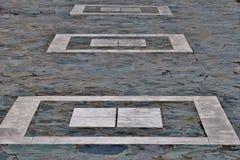Квадрат различных камней и белых квадратных картин стоковое изображение