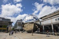 Квадрат тысячелетия в Бристоле стоковые изображения
