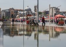 Квадрат Taksim, старый городок Стамбул индюк стоковые изображения rf