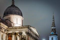 Квадрат Trafalgar во времени рождества, Лондон Стоковые Изображения