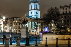 Квадрат Trafalgar во времени рождества, Лондон Стоковое Изображение
