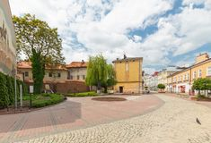 Квадрат Wegierski в Tarnów в старом городке Июнь 2019 стоковое изображение rf