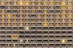 Квартира Windows на предпосылке ночи Стоковое Фото