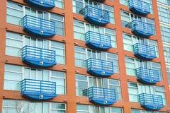 квартиры здания жилого квартала стоковые изображения