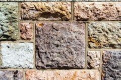 Квадратная каменная стена утеса Стоковые Фотографии RF