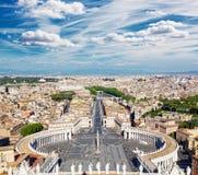 Квадрат известного St Peter в Ватикане Стоковая Фотография RF