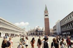 Квадрат Сан Marco с туристом в Венеции, Италии стоковое изображение rf