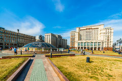 Квадрат Manege и памятник к St. George в Москве Стоковое фото RF