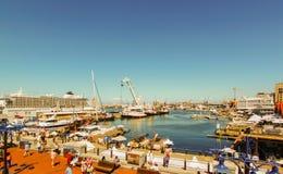 Кейптаун - 2011: Портовый район Виктория & Альфреда стоковая фотография