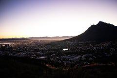 Кейптаун Южная Африка на восходе солнца или рассвете стоковое фото rf