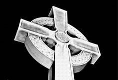 Кельтский крест, мрамор и гранит, белый цвет стоковые фото