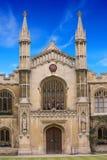 Кембриджский университет здания стоковые фотографии rf