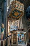 КЕНТЕРБЕРИ, KENT/UK - 12-ОЕ НОЯБРЯ: Взгляд амвона в галлопе Стоковое фото RF