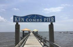 Кен расчесывает пристань, Gulfport, Миссиссипи стоковая фотография rf