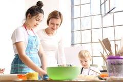 Керамическая мастерская для детей Стоковое Фото