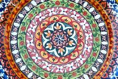 Керамическая плита красочных геометрических диаграмм от Португалии стоковая фотография