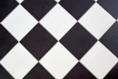 Керамическая плитка пола черно-белая стоковое изображение